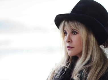 Stevie Nicks American Horror Story 01