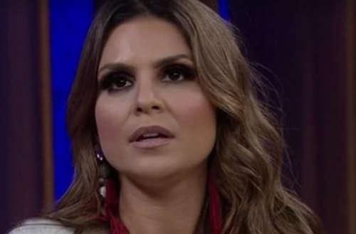 Backing vocal processa Aline Barros