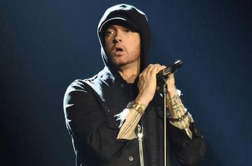 Eminem Kamikaze 02