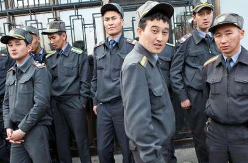 ตำรวจชาวคีร์กีซสถาน
