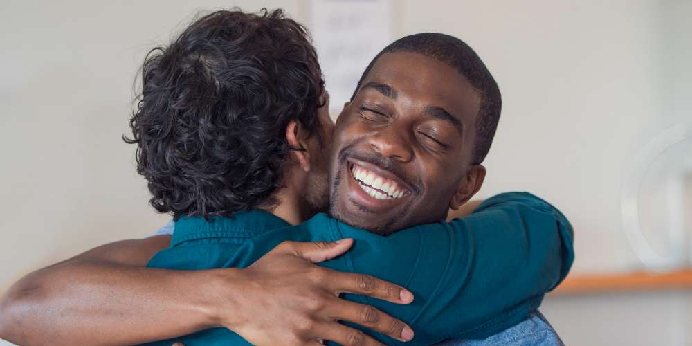 Straight Guys of Reddit Shared Their Most Intimate Same-Sex