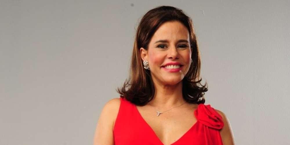 Narcisa Tamborindeguy declara apoio à Bolsonaro e volta atrás com pedido de desculpas aos LGBTs