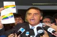 Ativistas LGBTIs criam grupo