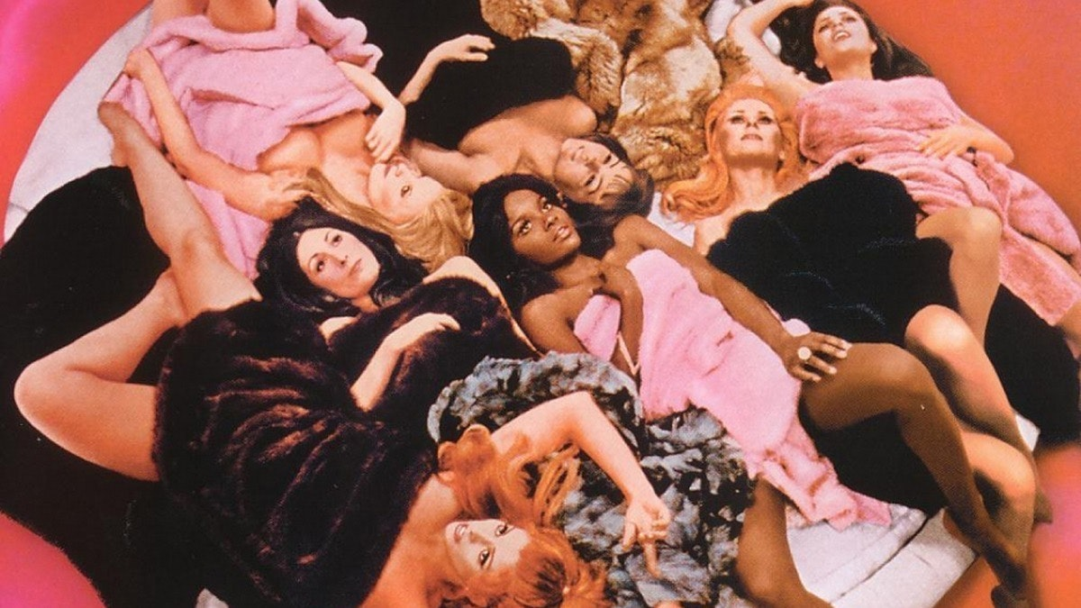 campy movies beyond the valley of the dolls