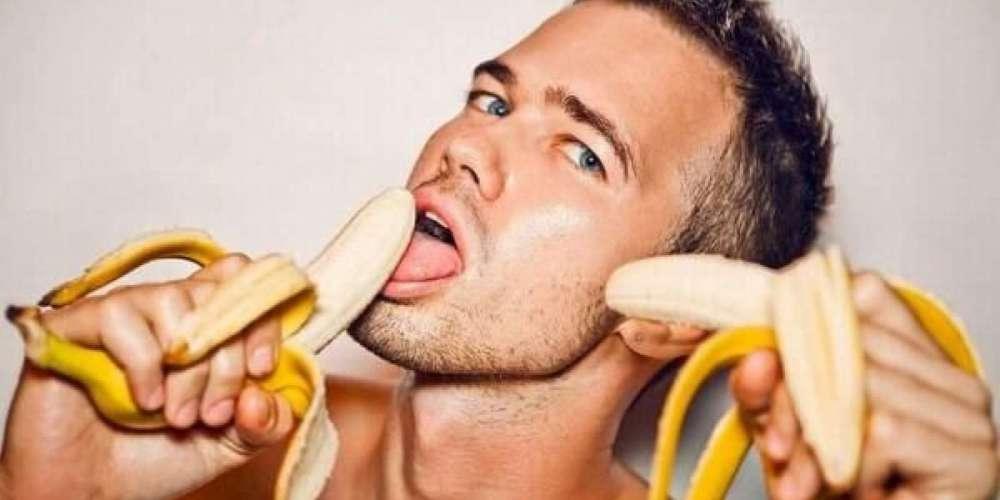 All Oral Sex is Gay, Warns Batsh*t Crazy Radio Host