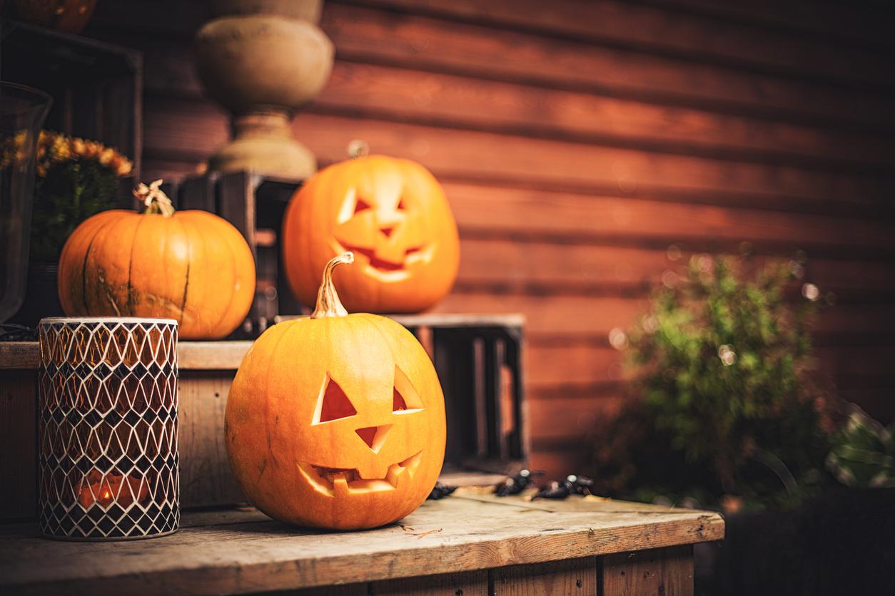 history of halloween pumpkins