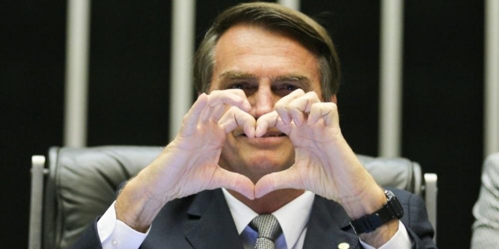 'Sou homofóbico, sim, com muito orgulho', diz Bolsonaro em vídeo viralizado na web