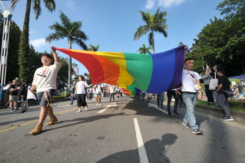 呼籲各黨立委莫支持違憲法案,儘速完成大法官交付之同婚修法