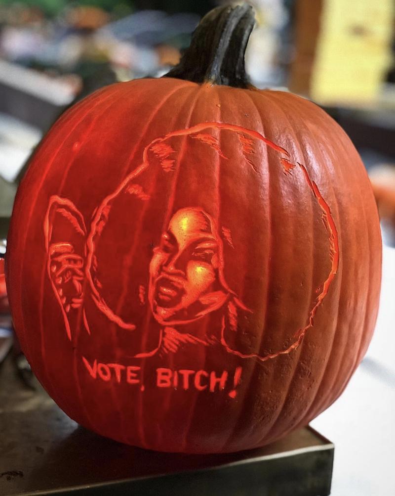 brent heuser pumpkin carver 3