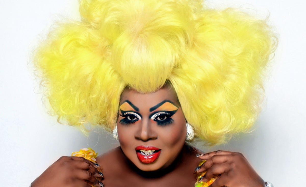 drag race christmas special latrice