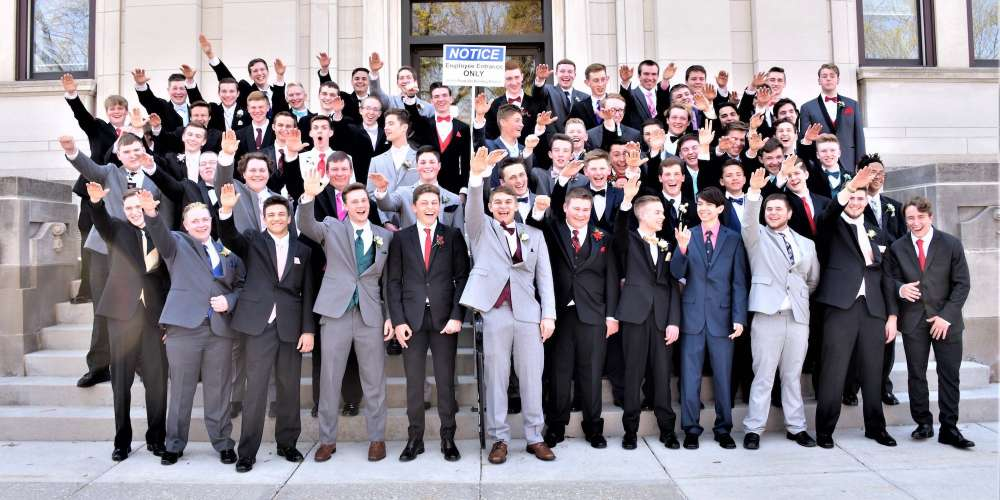 WTF?! 61 Wisconsin Teenagers Give the Nazi Salute In Their Prom Photo