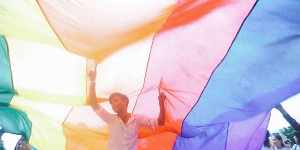 同志牧師約砲遇真愛?! 菲律賓酷兒紀錄片《我出櫃我驕傲》