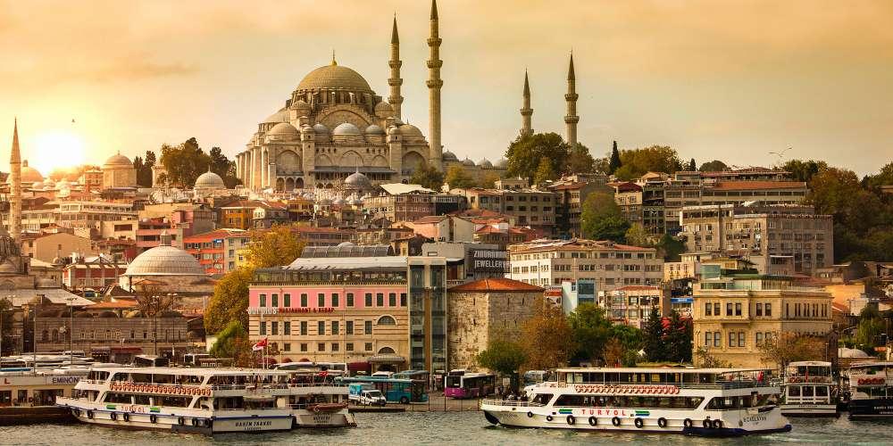 Explorez les magnifiques musées, les sublimes sites et la riche Histoire d'Istanbul
