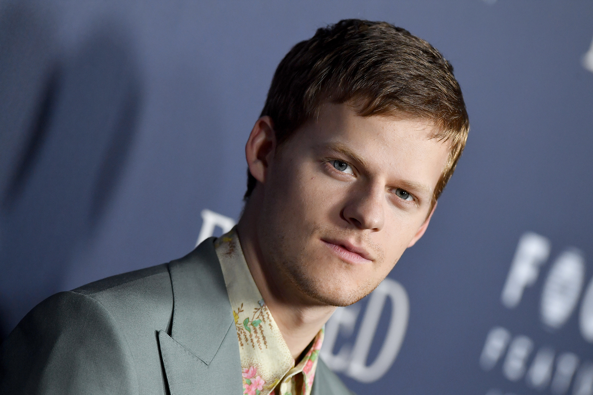 2019 golden globes queer actors lucas hedges