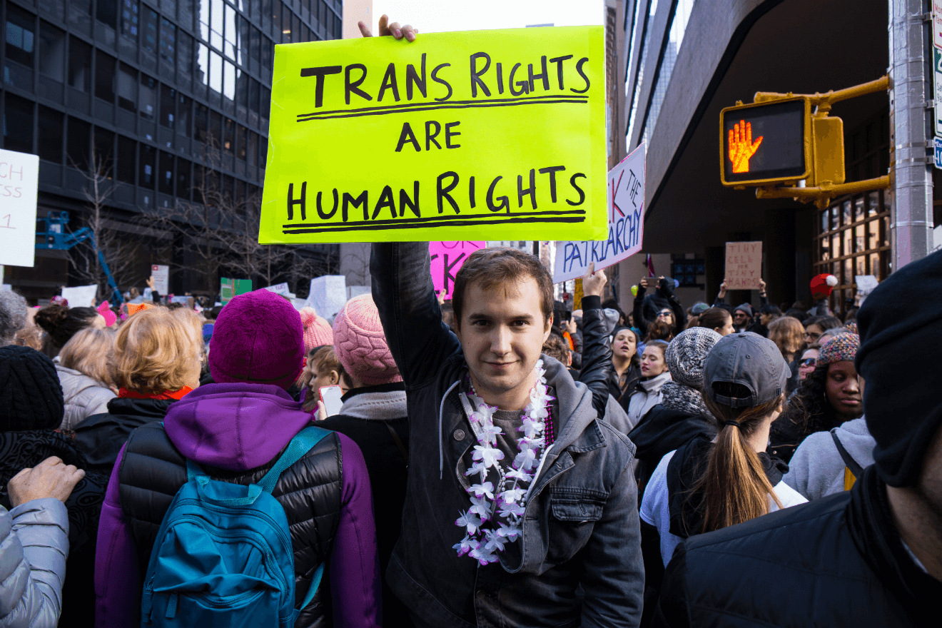 kevin hart scandal 2019 grammy trans