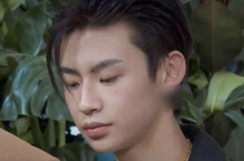 blurred earrings chinese tv teaser