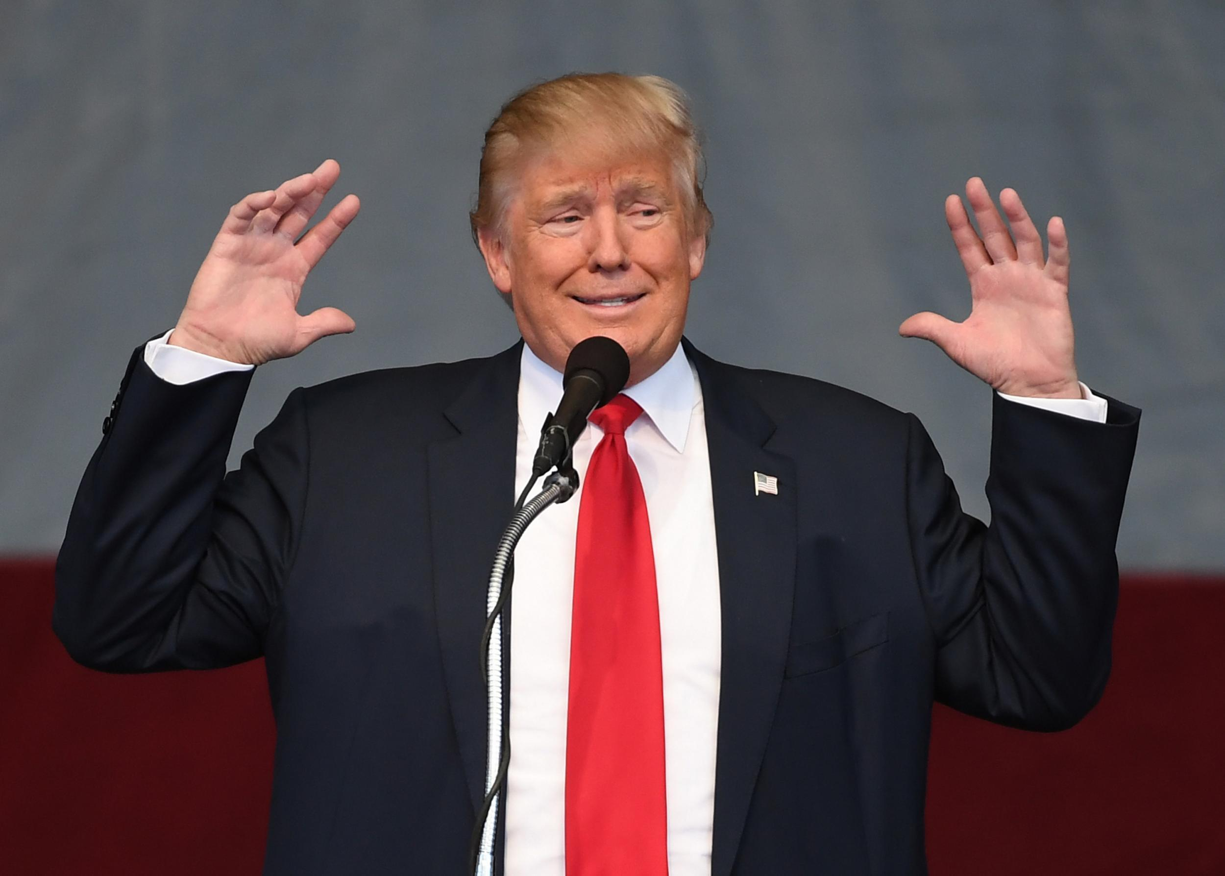 photoshopped Donald trump 2