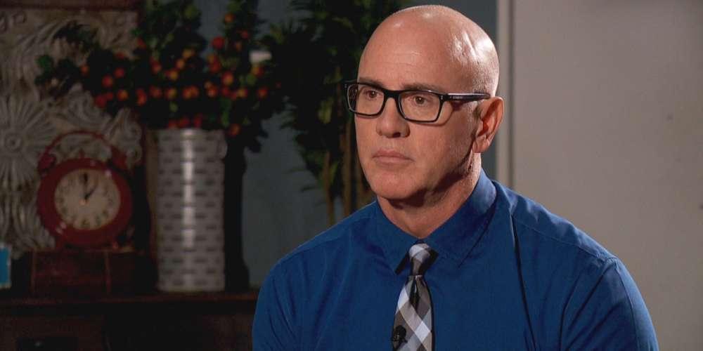 Ex-Terapeuta de Conversión se Declara Gay y Pide una «Disculpa»