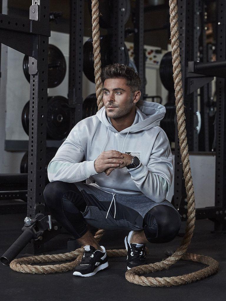 leggings gym zac efron