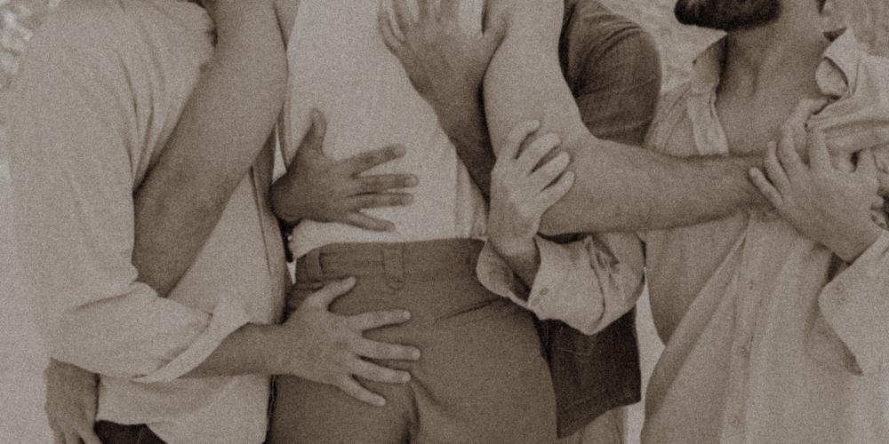 """""""Você me sente?"""" Traz aos palcos perseguição aos homossexuais durante holocausto"""