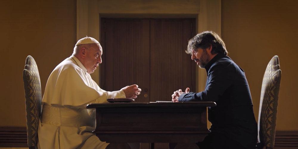 «Nunca Se Hecha del Hogar a una Persona Homosexual» Dijo el Papa en su más Reciente Entrevista