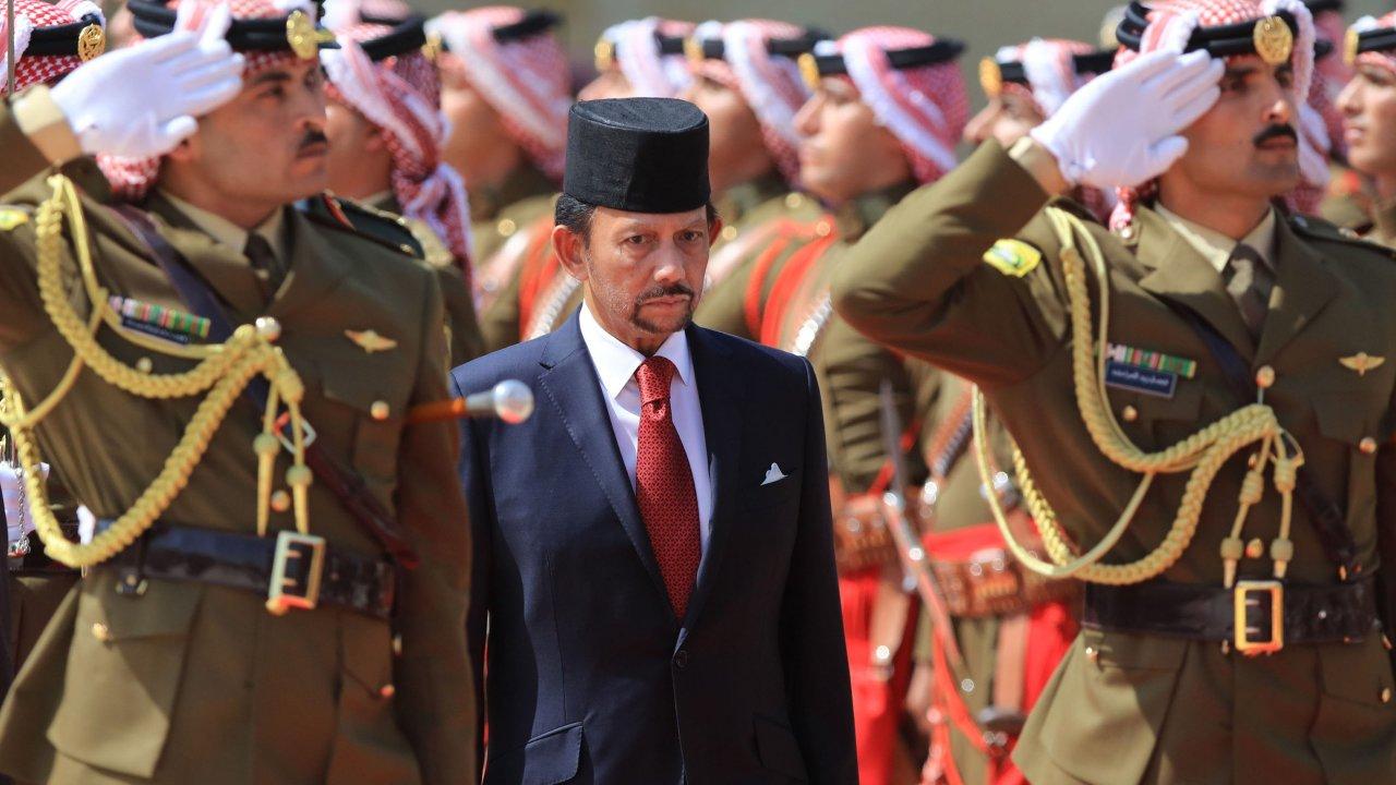 brunei laws sultan