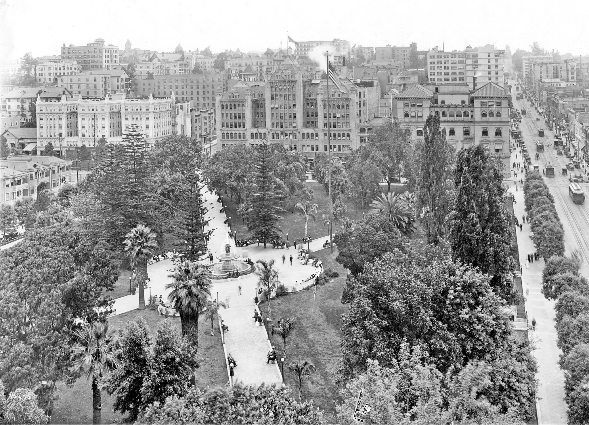 gay cruising spots pershing square 1918