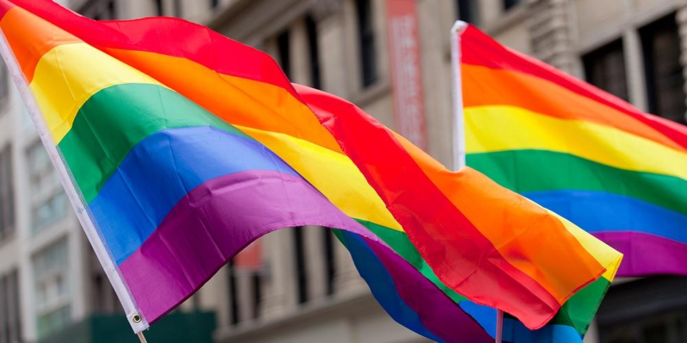 É crime sim: Podcast Fora do meio discute o crime de LGBTfobia