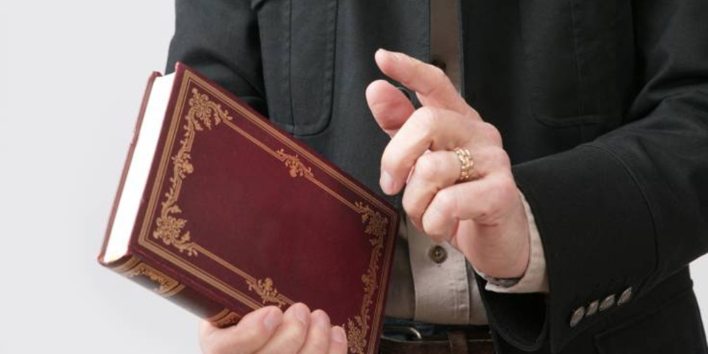 Pastor alega que praticava sexo oral em homens para tirar o demônio de seus corpos