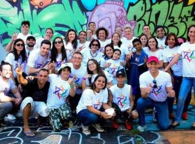 Coletivo Voluntários da Praça