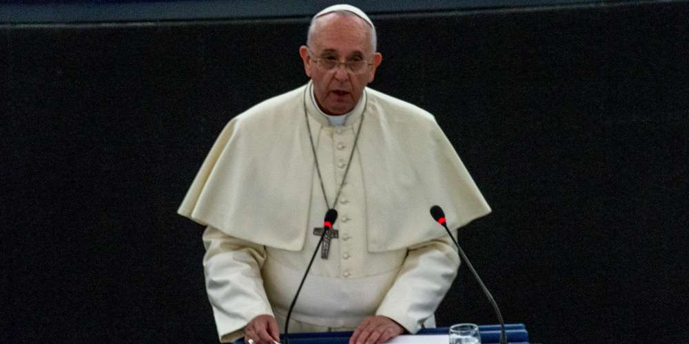 Le Pape compare les discriminations anti-LGBT au nazisme