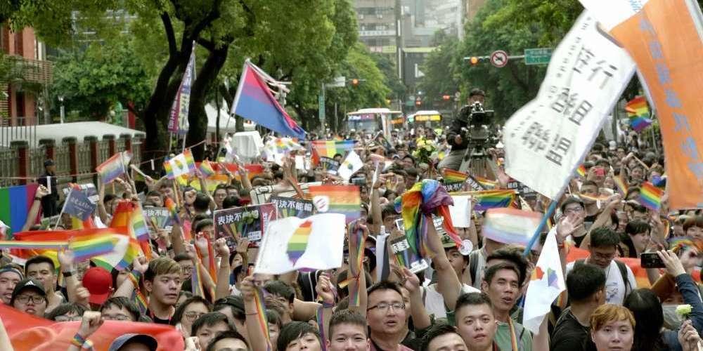 同婚運動紀錄片《同愛一家》向國際驕傲表達 #TaiwanCanLove